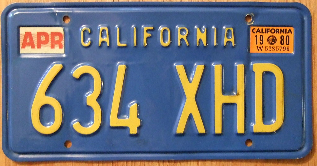 CALIFORNIA 1980 LICENSE PLATE ---BLUE BASEPLATE | Jerry "|1023|536|?|2bcab7a2dbee058bc93637928866beea|False|UNLIKELY|0.3749101459980011