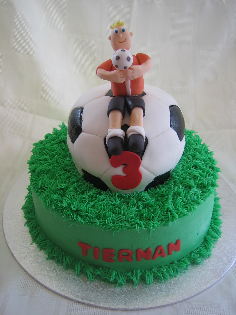 Soccer Birthday Cake Soccer Birthday Cake With Fondant Bal Flickr