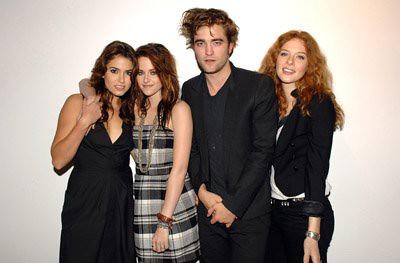 Kristen Stewart Robert Pattinson Peter Facinelli Elizabeth ...