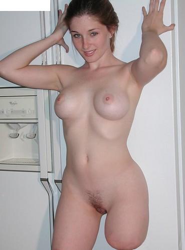 Nude sak women