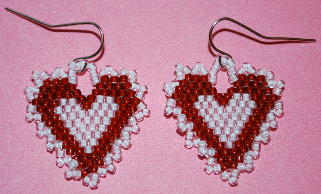 make circular pin stitch earrings to how brick