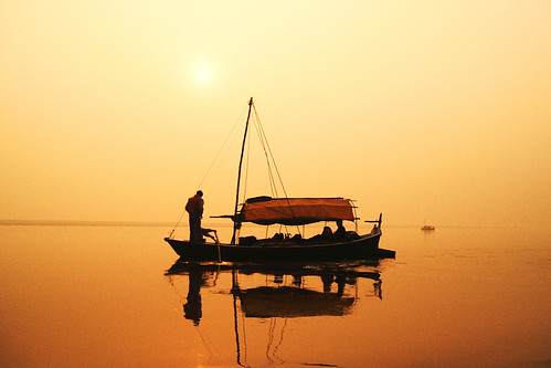 C350D-IMG_2613-PR Canon EOS 350D Ganges River India | by Nic (Luckypenguin)