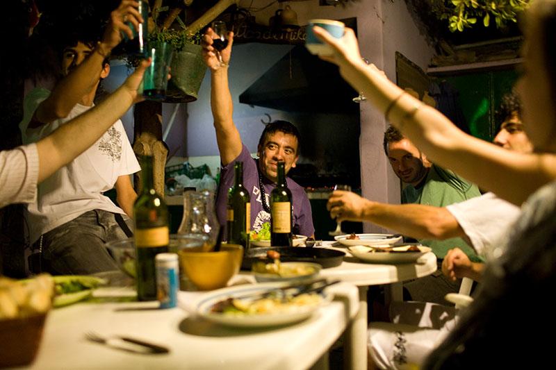 Asado friday party in Lao Hostel - Mendoza, Argentina