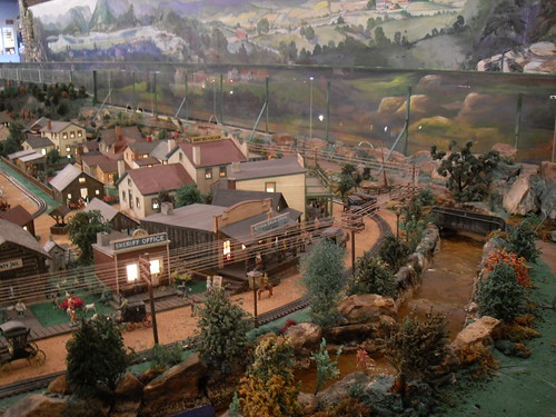 ROADSIDE AMERICA Shartlesville, Pennsylvania VINTAGE MINIATURE MODEL TRAIN MUSEUM (18) | by Christian Montone