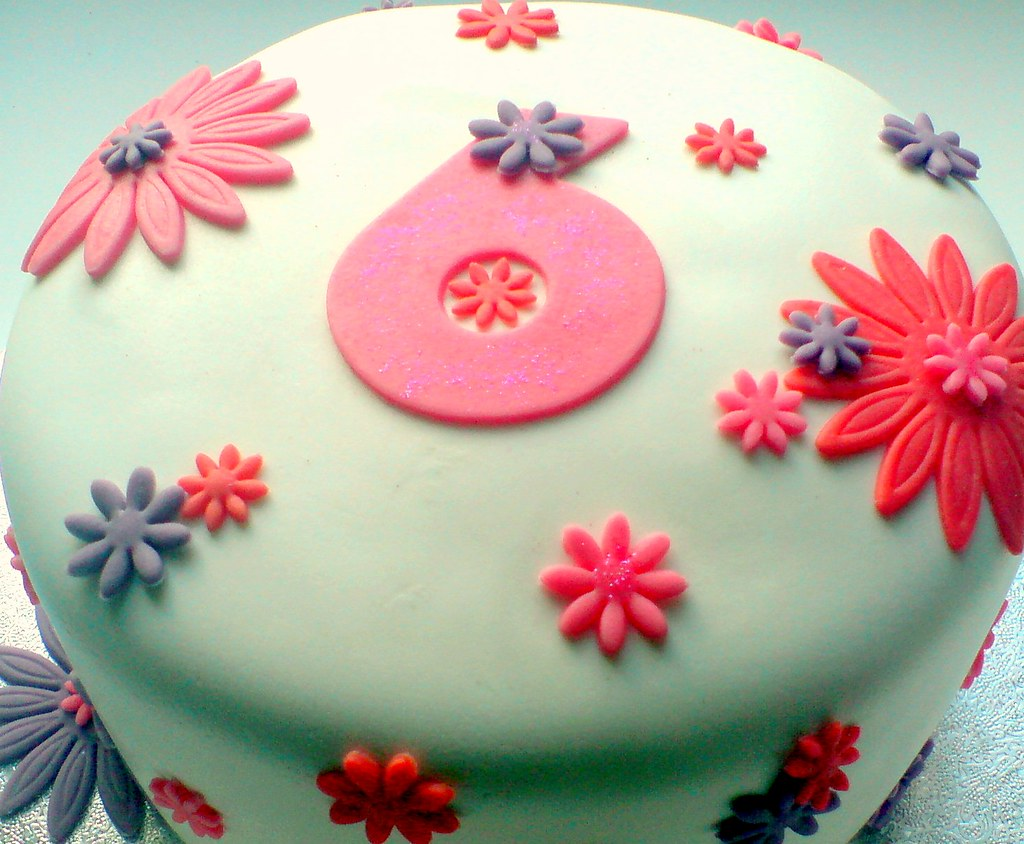 6th Birthday Cake With Fondant Flowers This Is A Chocolate Flickr