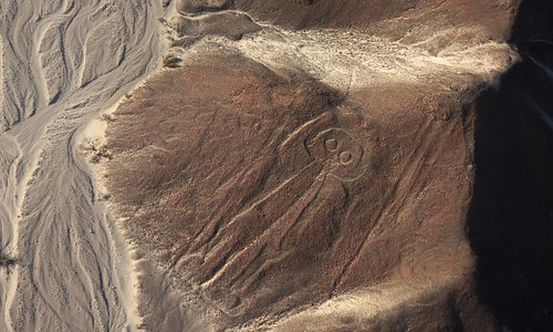 Mr. Armstrong, please meet your colleague, Mr. Astronaut from Nazca:-) | by baltic_86 (mostly off)