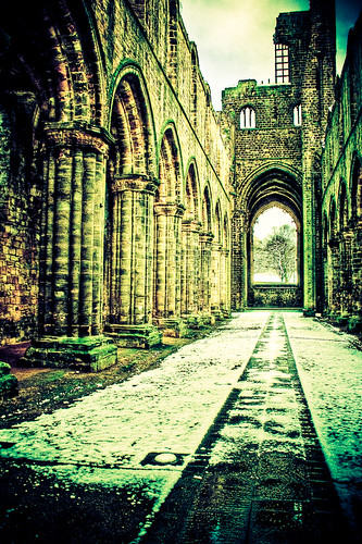 Kirkstall Abbey | by Mark Ramsay