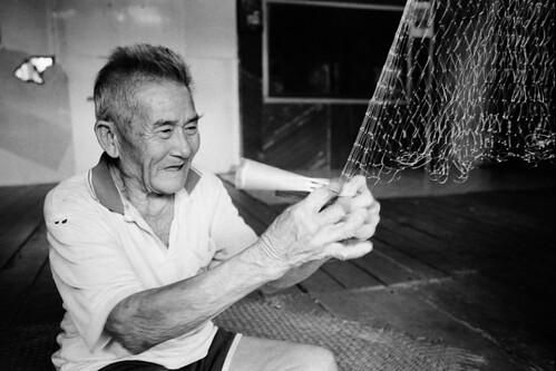 Fish Netting   Rumah Bala Lasong - Sarawak - Malaysia A Nigh ...
