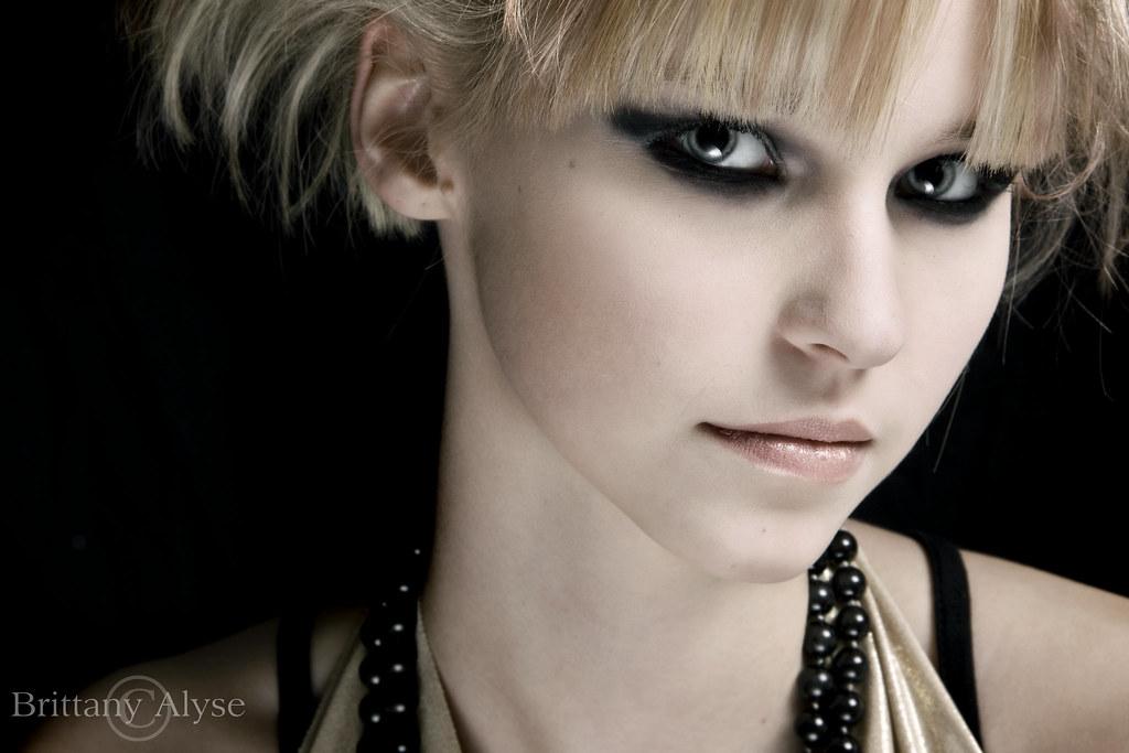 Edgy Smokey Eye Makeup Sabrina Wall Flickr