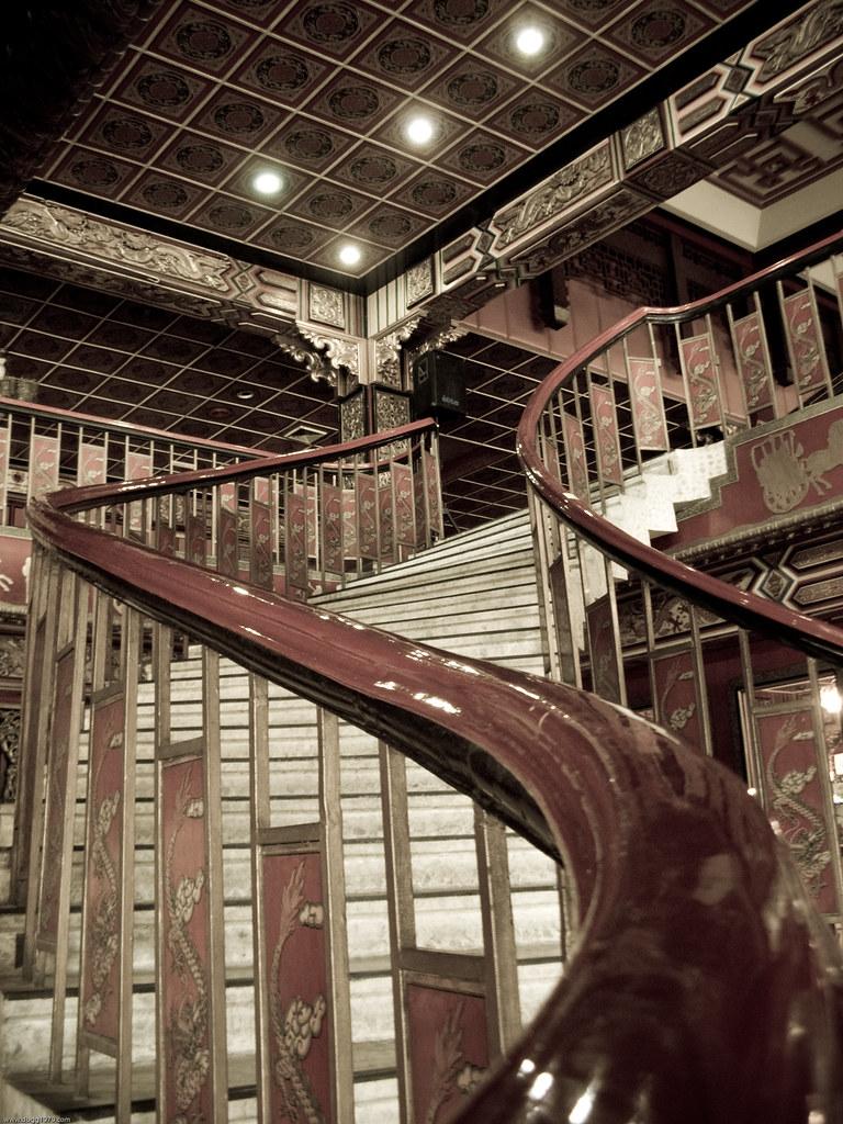white gold house cebu city more photos at www dbgg1979 co flickr rh flickr com white gold heart charm white gold hoop earrings