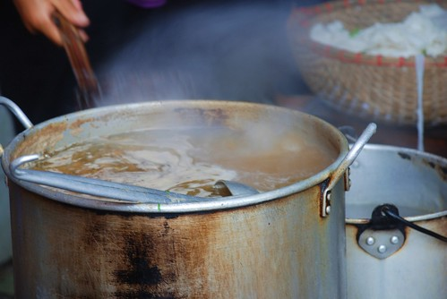 on the simmer | by stickychopsticks