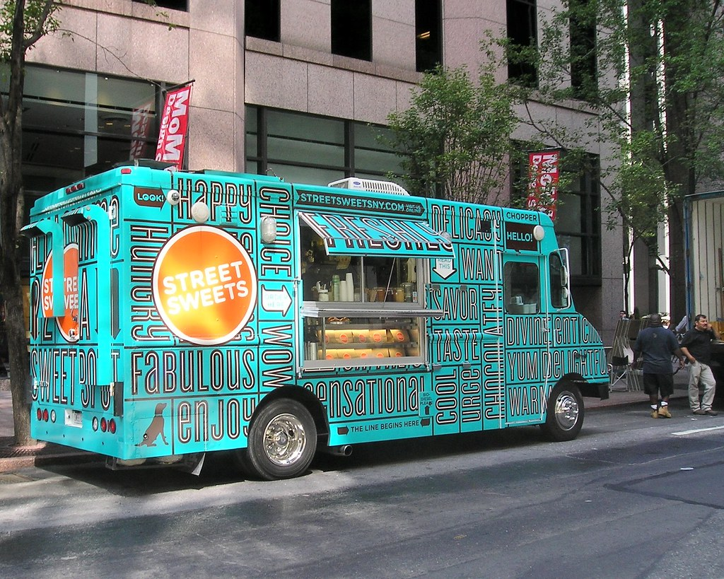 STREET SWEETS Mobile Food Truck Midtown Manhattan New York City