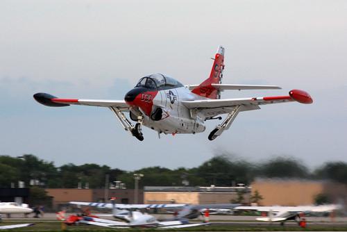 North American T 2 Buckeye Airventure 2009 D Miller