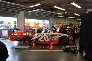 logano 39 s 20 car in daytona garage joey logano 39 s team was a flickr. Black Bedroom Furniture Sets. Home Design Ideas