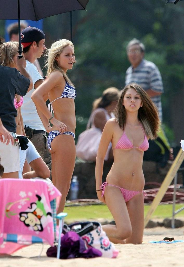 bikini Laura vandervoort