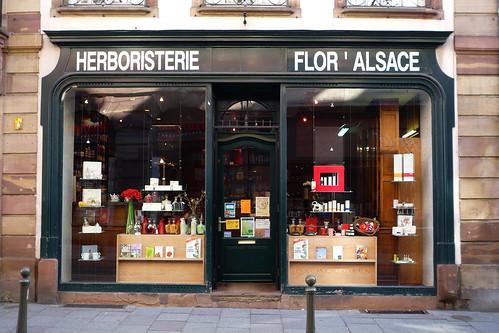 Strasbourg devanture de l herboristerie flor alsace flickr - Comptoir de l herboristerie ...