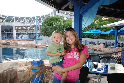 Eva's Loving Shamu with Miss Dina! | by BenSpark