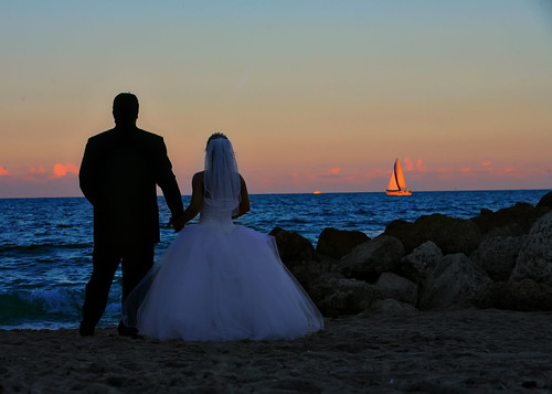 Deerfield Beach wedding photo | by Sunny Fort Lauderdale
