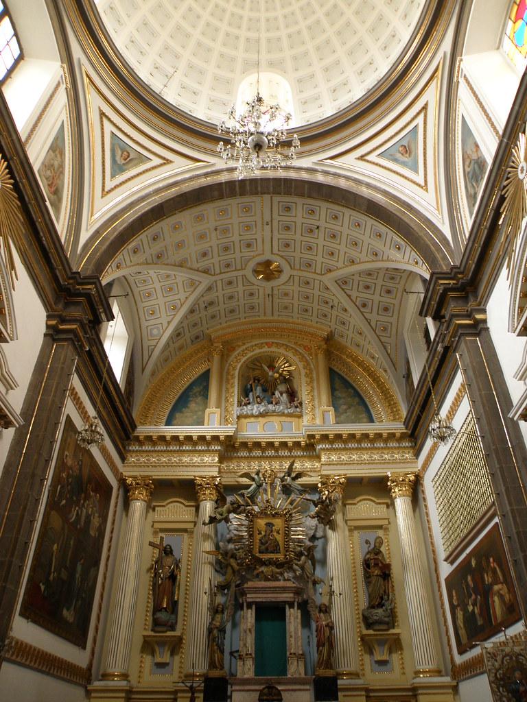 interior del Templo de la Santísima Trinidad