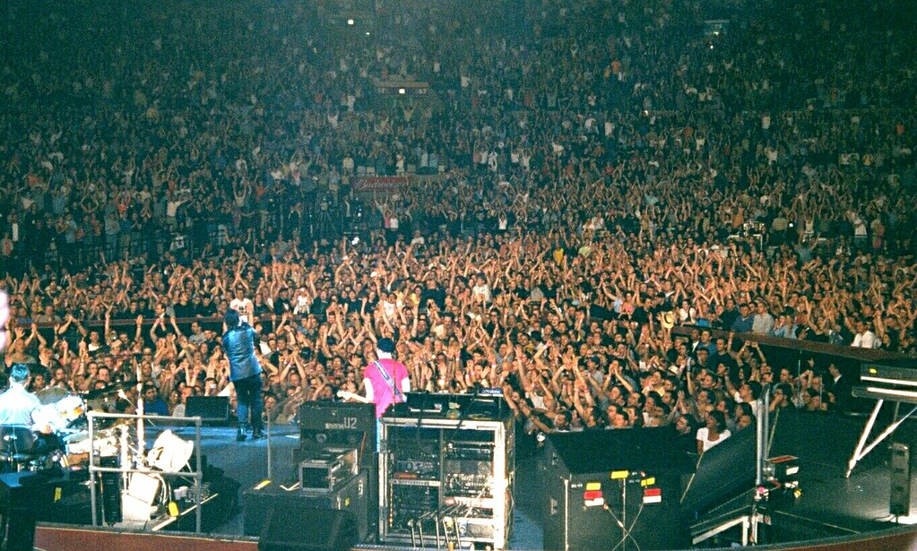 u2 2001 06 17 0026 madison square garden by rossgperry - U2 At Madison Square Garden
