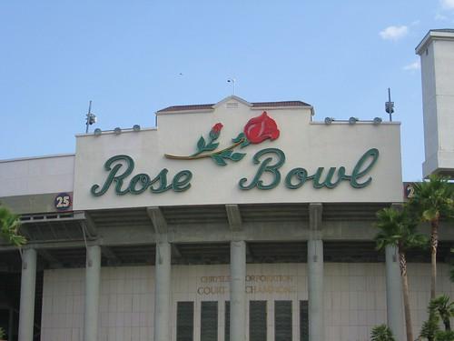 rose bowl entrance sign rose bowl pasadena california. Black Bedroom Furniture Sets. Home Design Ideas