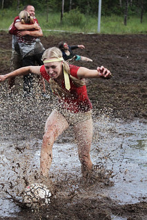 Blondes splashes in on goal © Rob Watkins 2009 | by Aland Rob