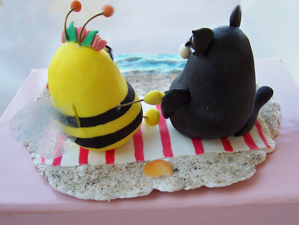 Unique Custom Wedding Cake Topper With Fat Cat And Bumble Bee