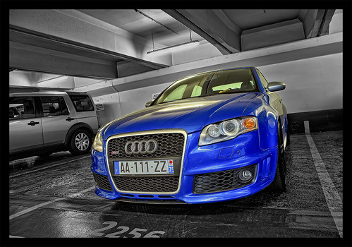 HDR B&W with blue Audi RS4 - Parking Foch | by _PEC_