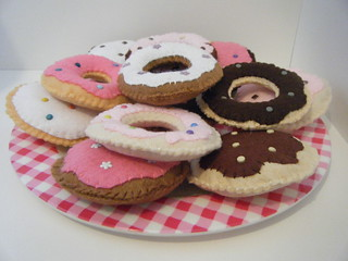 Handmade felt donut / doughnut cakes with brad sprinkles crafts | by giantbutton