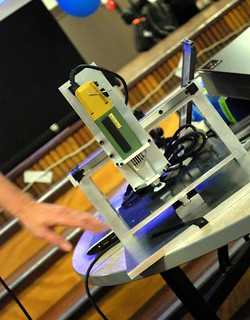 The CNC Milling Machine constructed at HackerSpaces Melbourne | by KathyReid
