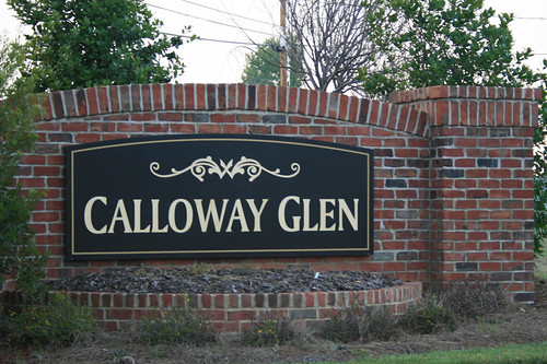 Calloway glen entrance sign calloway homes flickr Calloway homes