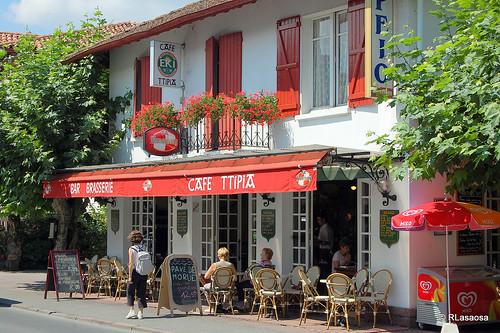 Caf ttipia san juan de pie de puerto francia fachada flickr - San juan pie de puerto ...