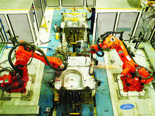FORD INDIA BODY SHOP WITH ROBOTIC ARMS (SUB ASSEMBLY) | by Ford Asia Pacific