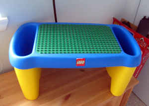 LIKE NEW~LEGO TABLE AND DUPLO BLOCKS | Lego lap table for sa… | Flickr
