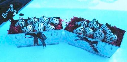 Zebra print chocolate covered strawberries