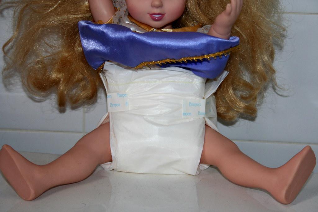 pampers preemie model 2 doll modeling 1983 pampers preemie flickr