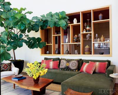 Earthy modern california living room featured in elle de for California style living room