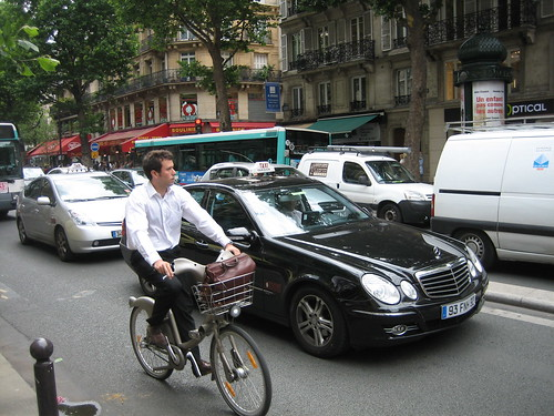 Paris Velib Cyclist | by EURIST e.V.