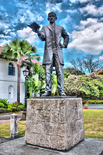 Jose Rizal Statue in Fort Santiago | by Frisno