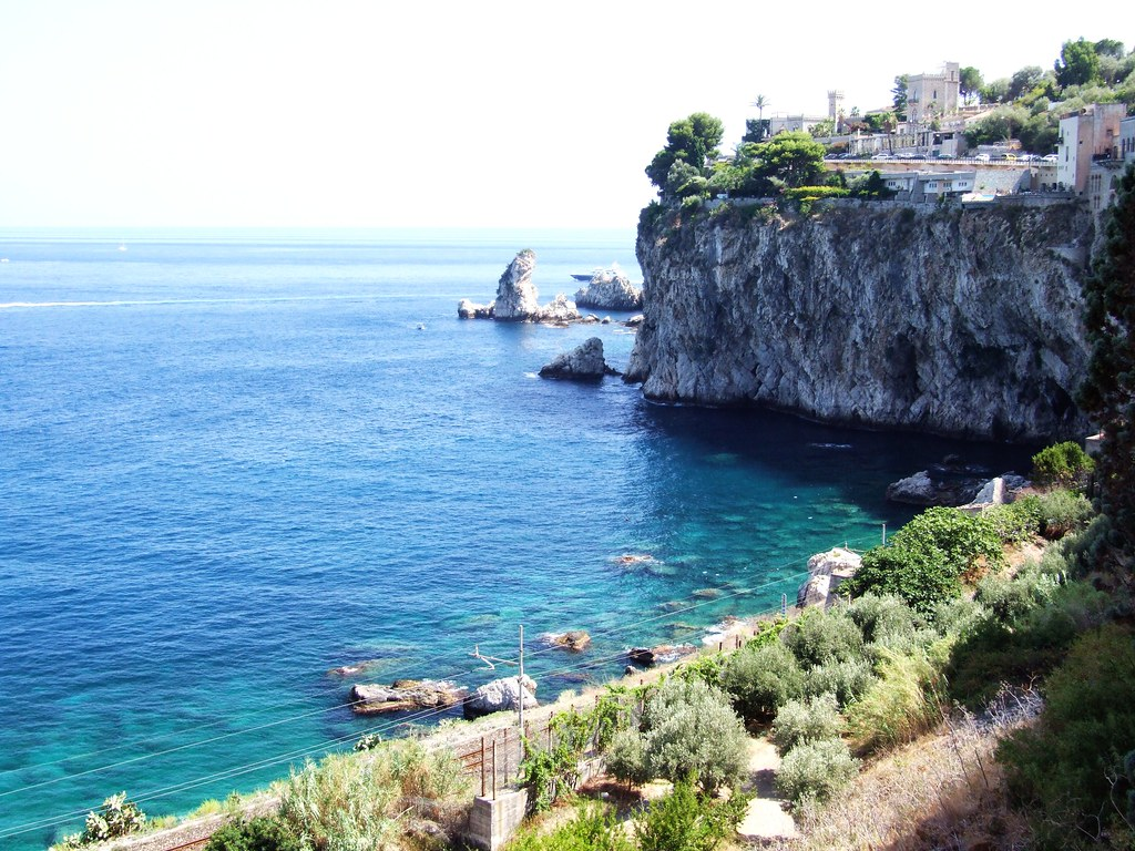 File:Isola Bella-Taormina-Messina-Sicilia-Italy- Creative Commons ...