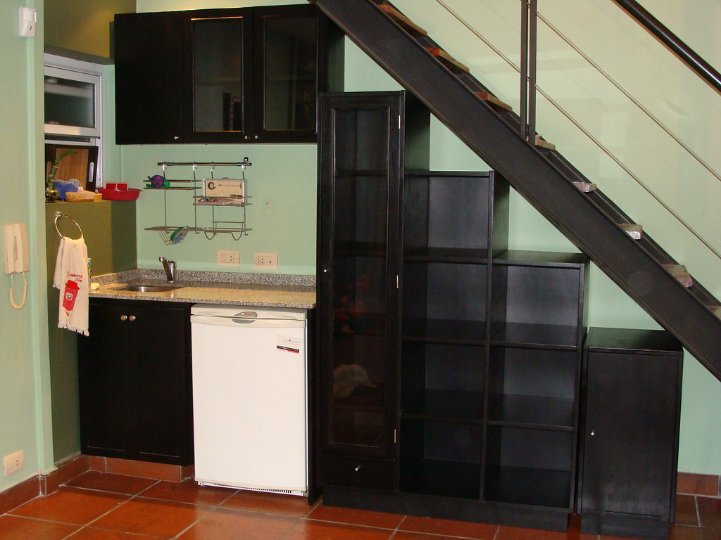 awesome mueble bajo escalera y alacena by javier pisera with muebles bajo escalera