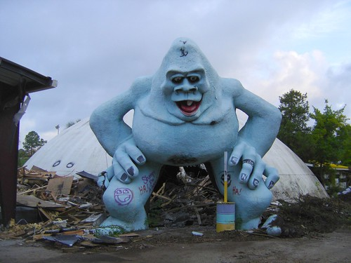 Abandoned Abominable Snowman squats over the wreck of Miracle Strip Amusement Park, Panama City Beach, Florida | by stevesobczuk