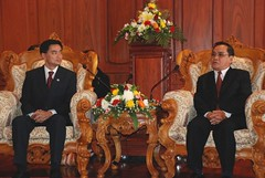 Thai PM courtesy call on HE. Thongsing Thammavong, President of Lao National Assembly | by Thai PM visit Laos