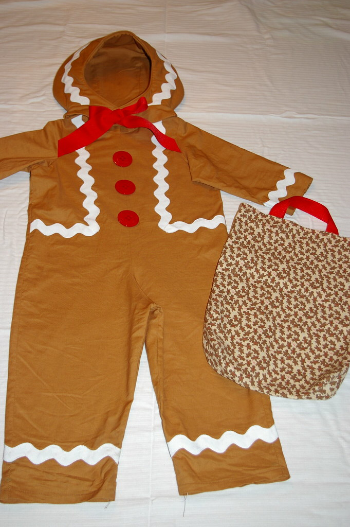 ... Gingerbread Man Costume | by The Quilted Turtle & Gingerbread Man Costume | Made for my daughter in 2008. | Flickr