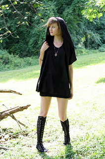 Goth in Hot Weather | by districtofchic