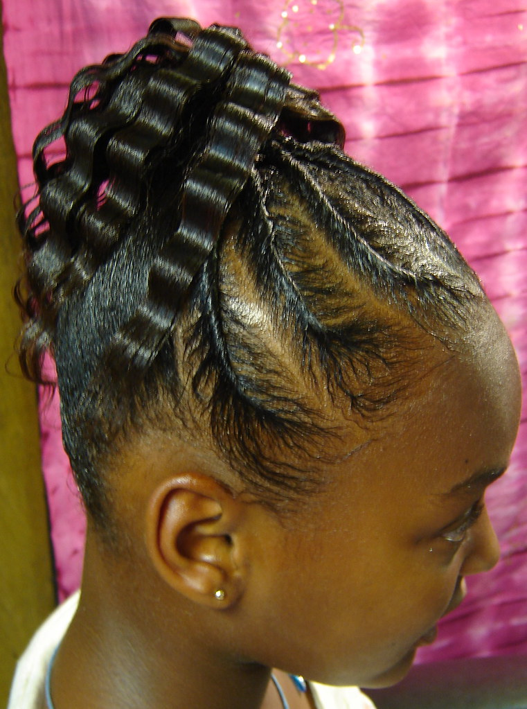 By Crimp Ponytail With Flat Twistsall Her Hair Cute
