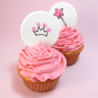 princess cupakes with fondant toppers | by thedecoratedcookie