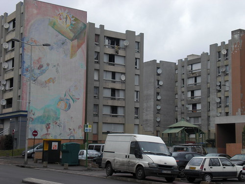 les 3000  aulnay sous bois  definitely one of the worst ar
