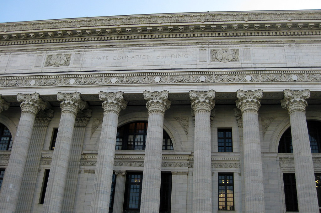 What services does the New York Department of Buildings offer?