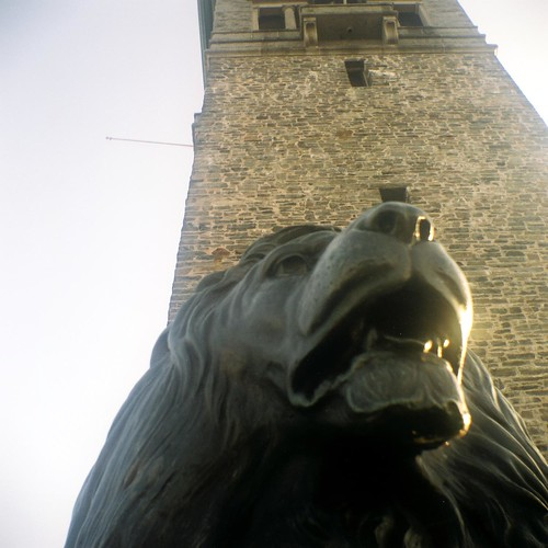 Tower & Lion | by ghettojack